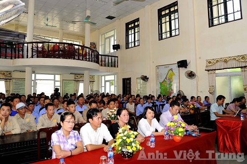 Ninh Binh Department of Tourism organizes training courses on tourism in Trang An eco tourism area and Bai Dinh pagoda
