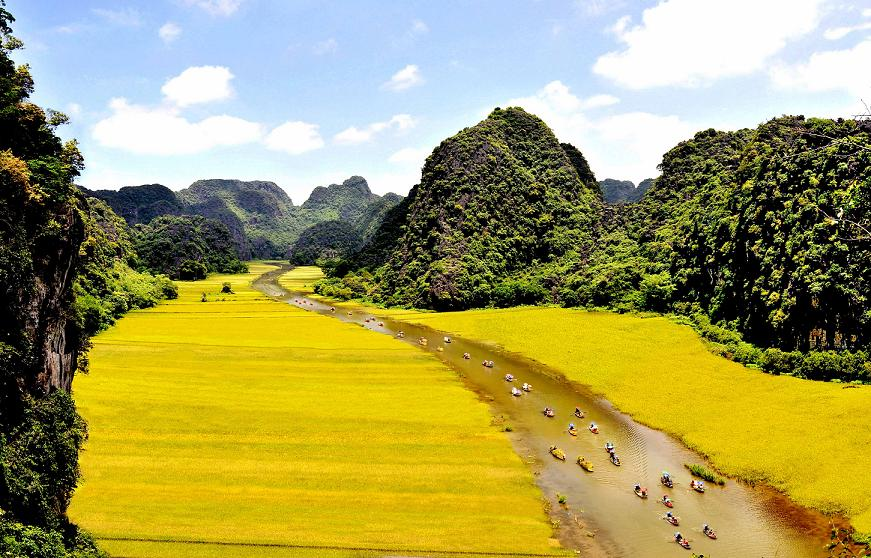 Special cultural tourism activities in Ninh Binh Tourism Week with the theme