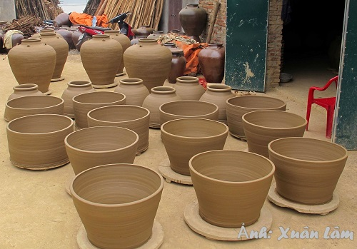 Discover Gia Thuy pottery village in Ninh Binh