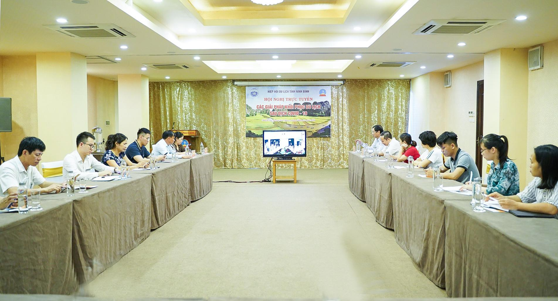 Ninh Binh Tourism Association attends a national online conference