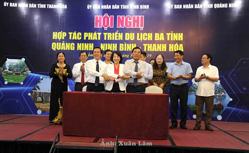 Conference on tourism development cooperation in three provinces: Quang Ninh - Ninh Binh - Thanh Hoa